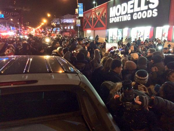 RoyalShutdown NYPD just shoved and pepper sprayed protesters