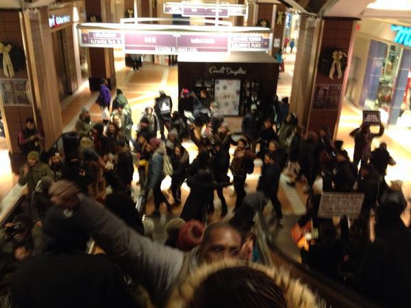 Atlantic mall Brooklyn NYC is shut down