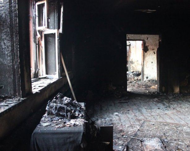 Home of relatives of militants involved in the fighting in Grozny, was burned in Chechnya