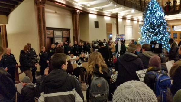Lots of police in Milwaukee City Hall