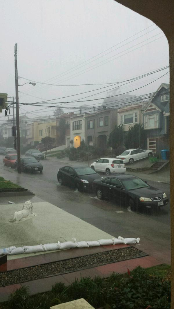 Rain picked up in SanFrancisco around 7 a.m., but just now hit with a wallop