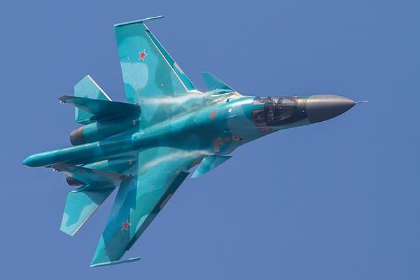 Dutch MoD: Su-34s ignored requests 2 identify themselves & were escorted 2 Kaliningrad Russia