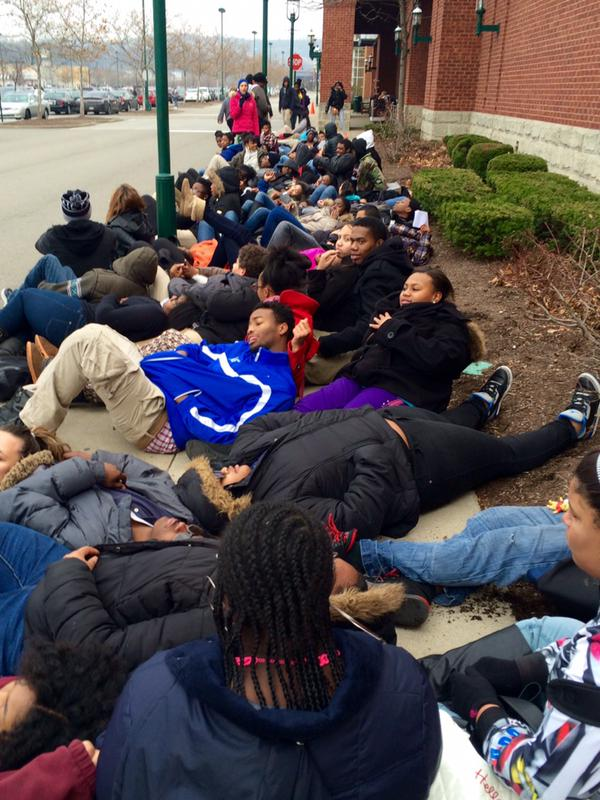 Die-in happened at The Waterfront, Pittsburgh. High school student protest
