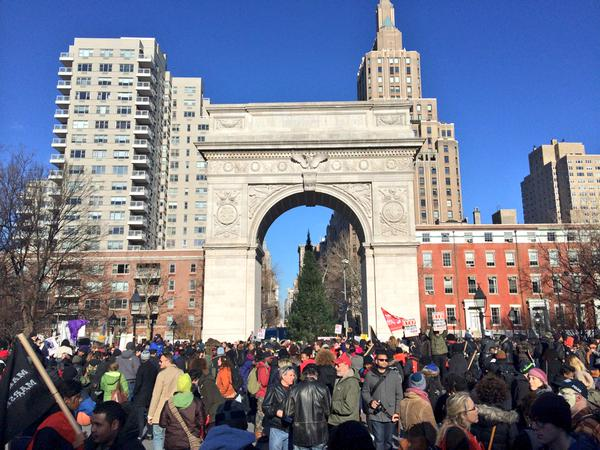 People gathering in Washington Square Park for MillionsMarchNYC