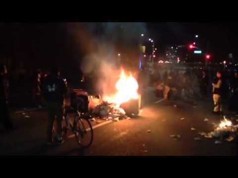 December 15, 2014 at 02:35PM Oakland Ferguson Protestors Start Fire