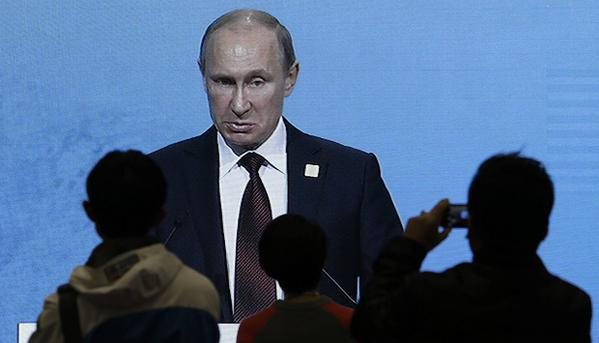 Rouble reaction to Putin's presser: rouble resumes its free fall
