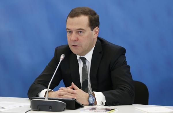 Medvedev: Russian economy has risk of falling into deep recession