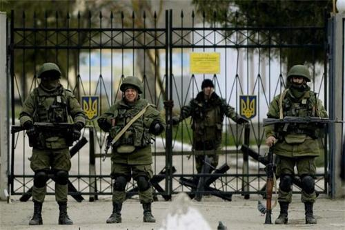 The FSB takes an apartment of the Ukrainian military and threatens to torture in Crimea