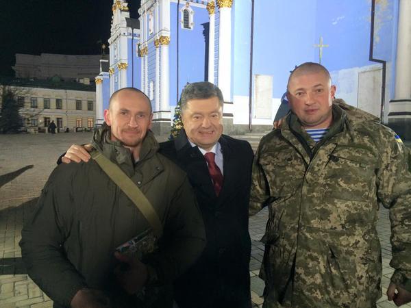 Poroshenko to appear in New Year address in Donetsk airport cyborgs' company. Truly symbolic. Pic via Yuri Biryukov