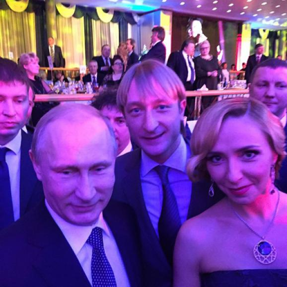 Russian cultural figures, who support DNR and LNR, are celebrating the New Year with Putin