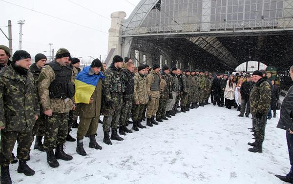 In zone ATO fighters of the Azov regiment and officers in Kyiv went for the rotation