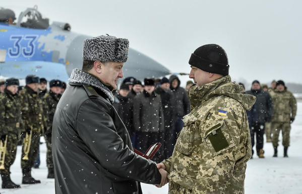 The President awarded Ukrainian fighters.