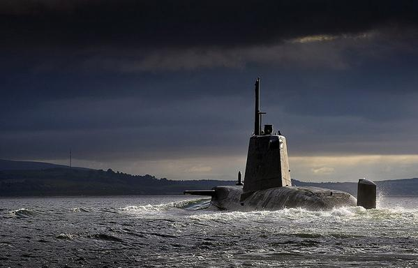 Britain Again Forced to Ask US For Help in Tracking 'Russian Submarine'