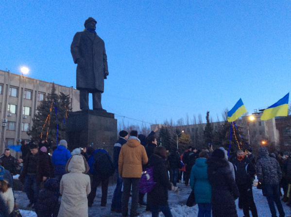 Lenin topple show in Slavyansk