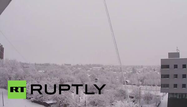 The roar of artillery fire at  the Donetsk airport