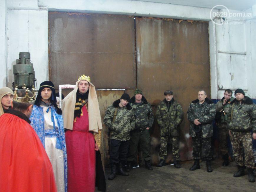 Christians from Lviv staged a Nativity scene under fire near Mariupol