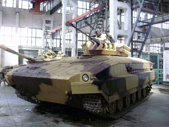 Kharkiv plant develops hybrid of tanks and APC