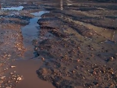 In Simferopol asphalt melts together with snow Crimea