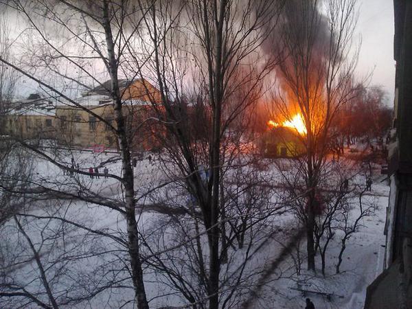 Fires after shelling in Gorlivka
