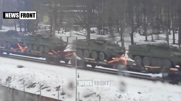 Echelon of US military vehicles in Riga