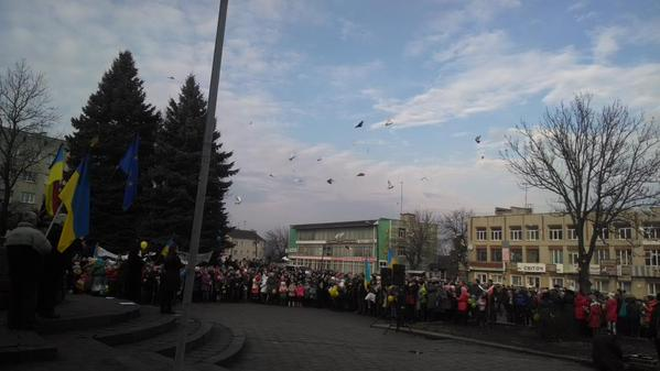 Launched doves symbolizing peace Zolochiv