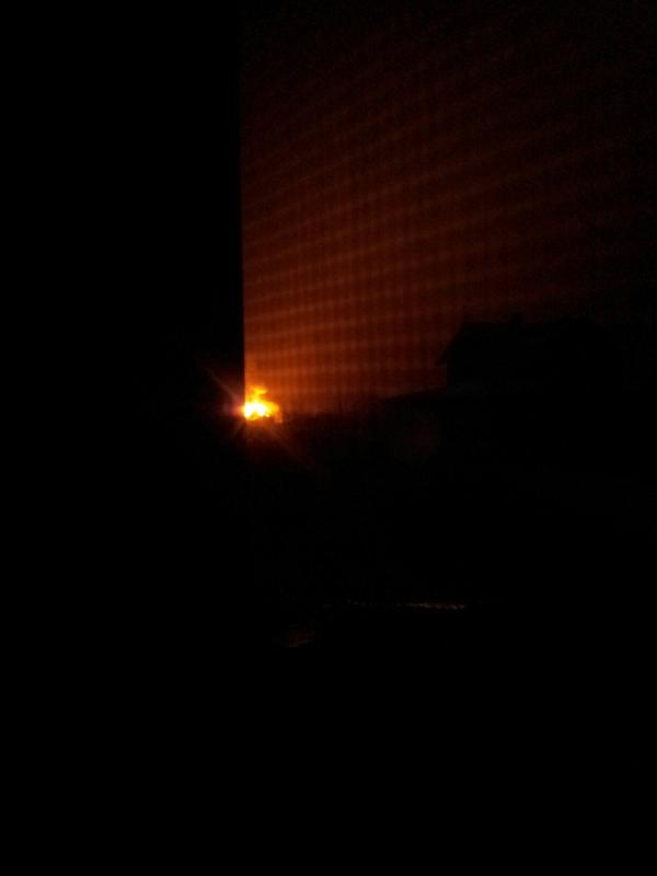 Avdiivka, Pushkina 29, House burns after hit