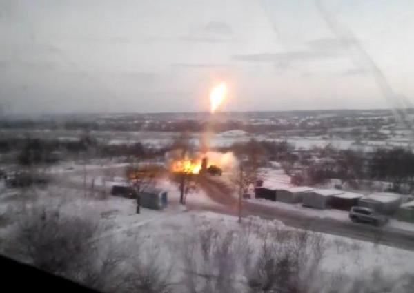 Russian militants troops shoot Grad from residential neighborhoods in Donetsk.