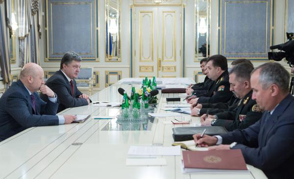 Poroshenko: If the enemy does not want to keep the ceasefire, we will fight