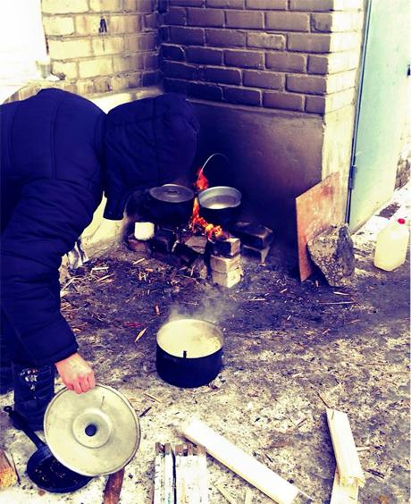 No light and heating in Debal'tseve