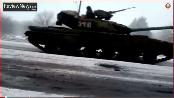 Russia T-72 tanks &trucks on the road to Vuhlehirsk near Debaltseve