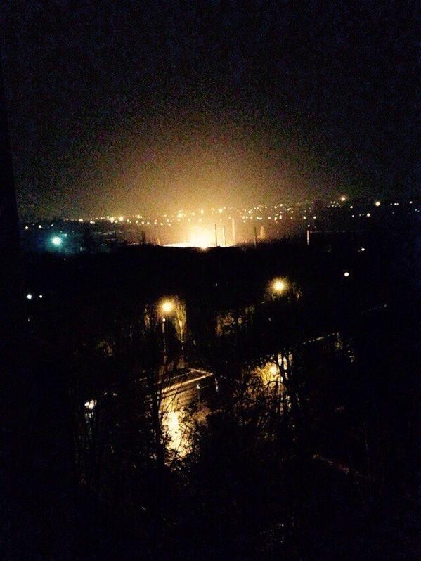 Dongormash plant is burning in Donetsk