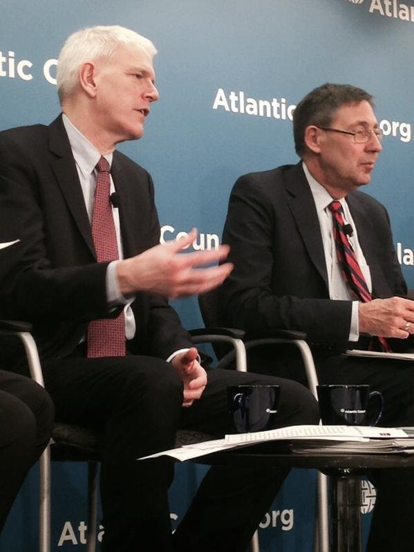 The two former U.S. ambassadors to Ukraine driving a change in policy on Ukraine: @steven_pifer &JohnHerbst