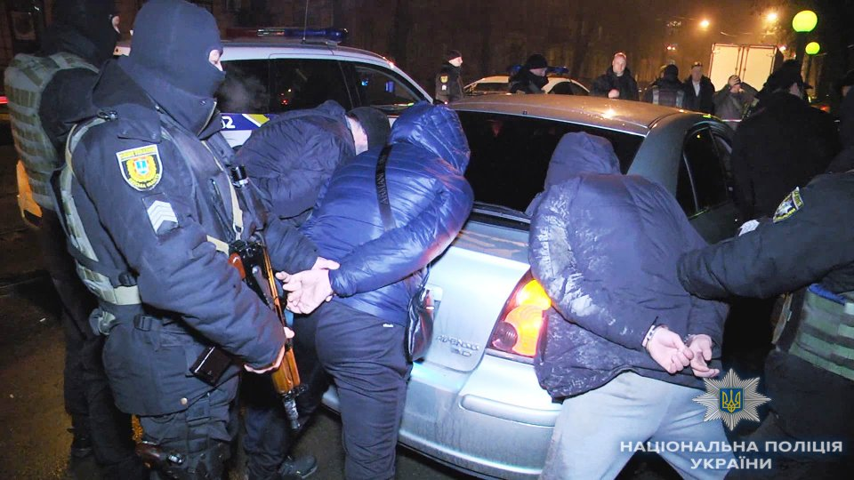 3 Russian citizens in Odesa threatened a pedestrian with a knife, all detained