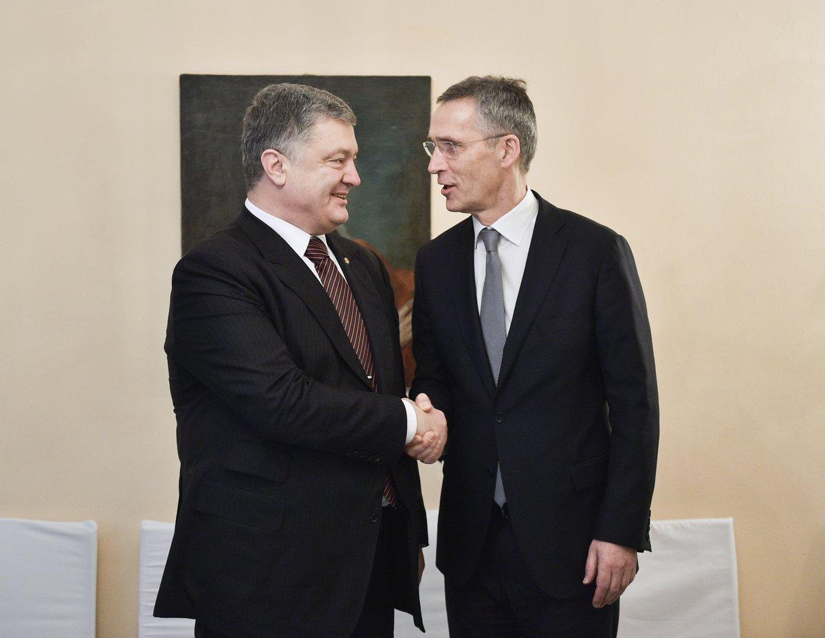 Ukraine's President Poroshenko: met NATO's @jensstoltenberg at MSC2018